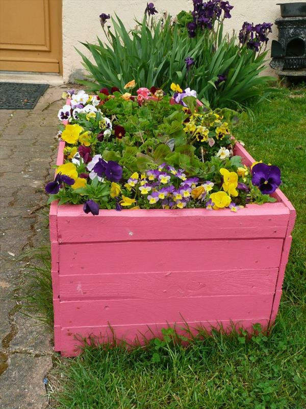 patio blomsterbed lage diy hage europallets rosa