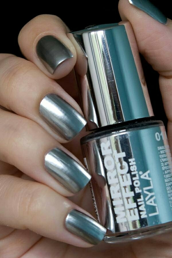 properly nails paint metal effect nail polish design