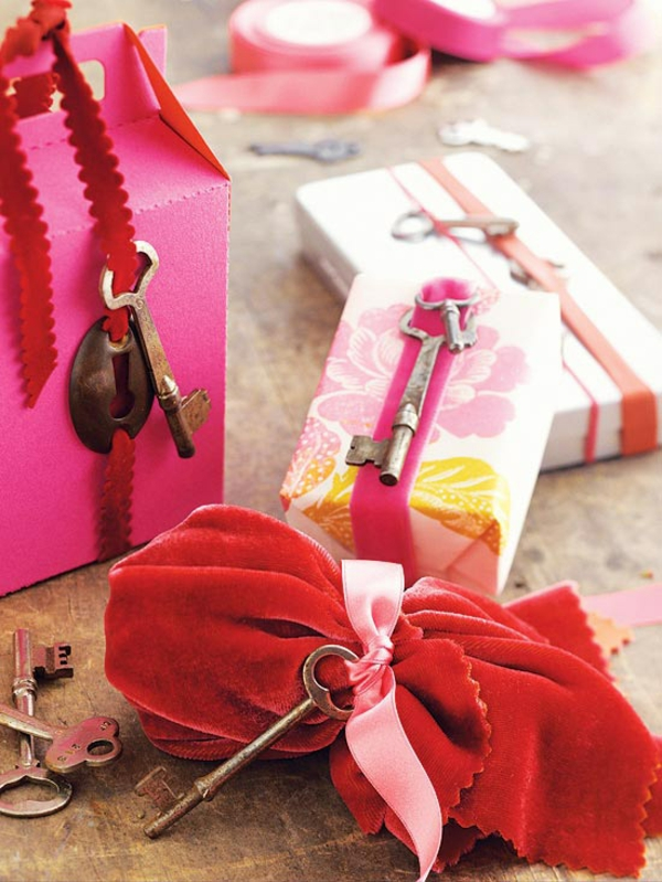 Make Valentine's Day Gift by yourself - original ideas