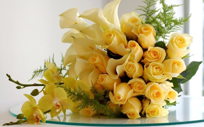 bouquet of yellow roses meaning