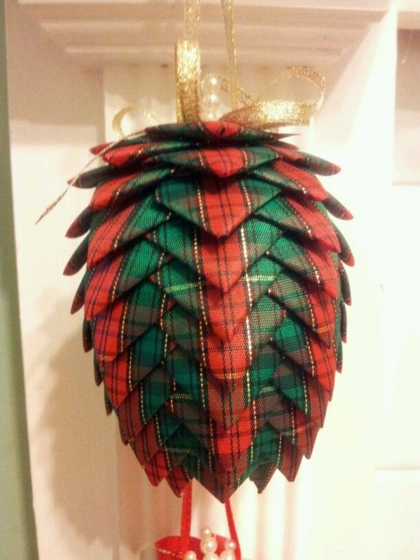 pinecone diy decorare Crăciun