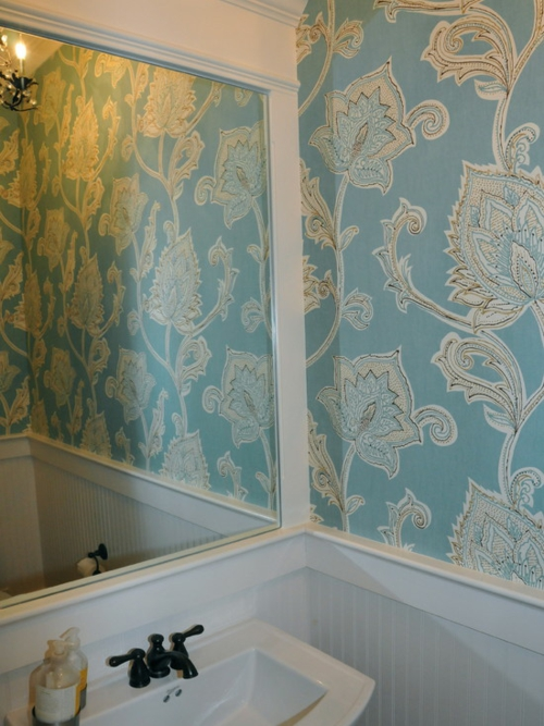 wallpaper in bathroom bright blue floral pattern mirror