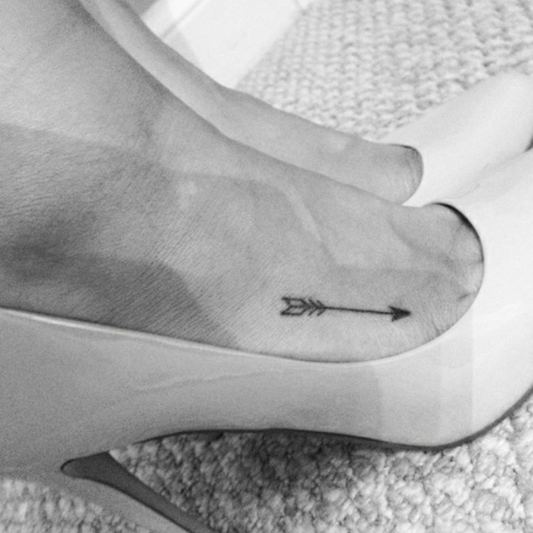 tattoo on the foot tattoos pictures arrow