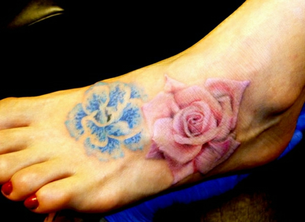 Tattoos tattoo on the foot colored roses