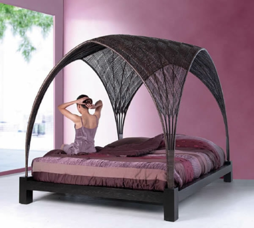 intertwined top bed frame legs wood frame four-poster bed