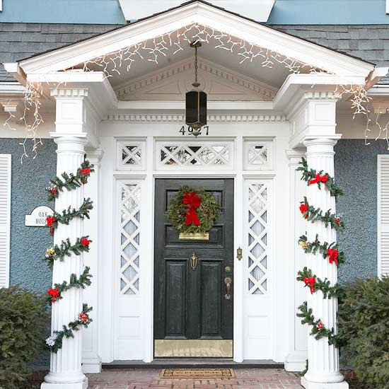 Christmas decoration wreath entrance garland red evergreen